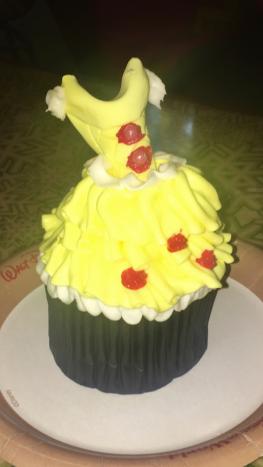 Dress cupcake